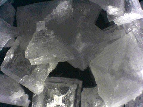 Pyramidensalz in Großaufnahmen