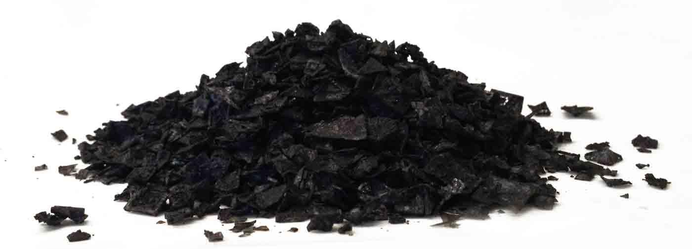 schwarzes Pyramidensalz aus Zypern